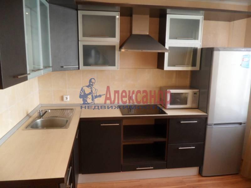 1-комнатная квартира (41м2) в аренду по адресу Новаторов бул., 11— фото 1 из 13
