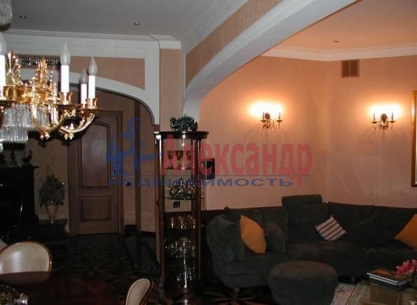4-комнатная квартира (160м2) в аренду по адресу Исаакиевская пл., 7— фото 3 из 5