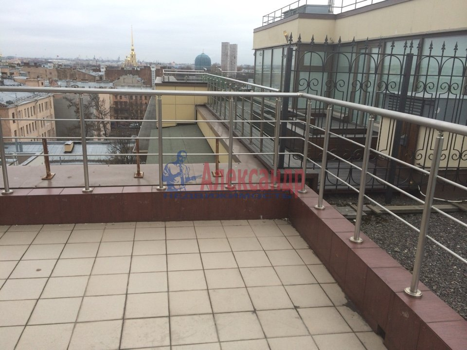 4-комнатная квартира (200м2) в аренду по адресу Куйбышева ул., 26— фото 6 из 16