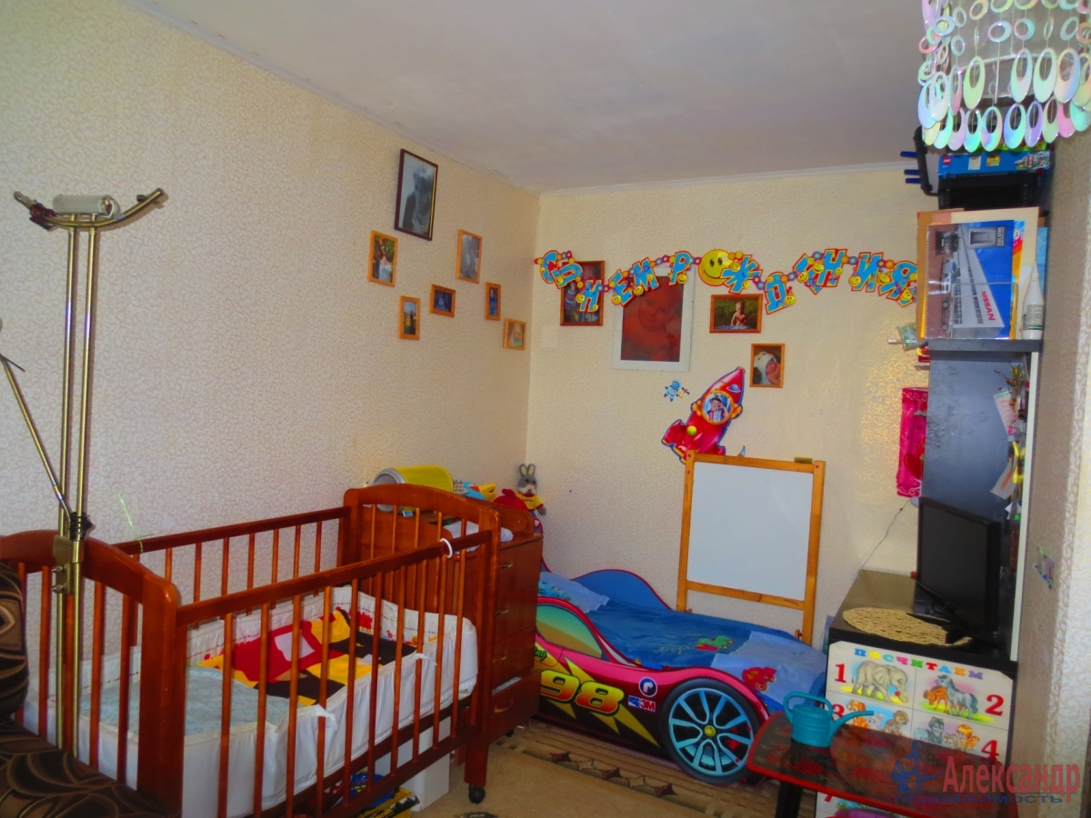 1-комнатная квартира (35м2) в аренду по адресу Бабушкина ул., 88— фото 2 из 2