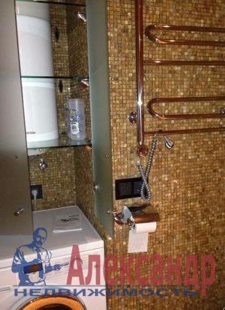 4-комнатная квартира (100м2) в аренду по адресу Большой Сампсониевский пр., 82— фото 4 из 4