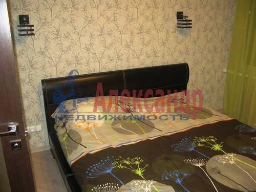 2-комнатная квартира (60м2) в аренду по адресу Космонавтов просп., 65— фото 18 из 21