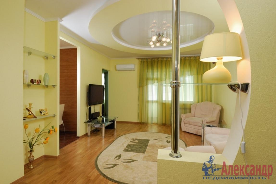 2-комнатная квартира (85м2) в аренду по адресу Малый В.О. пр., 9— фото 1 из 3