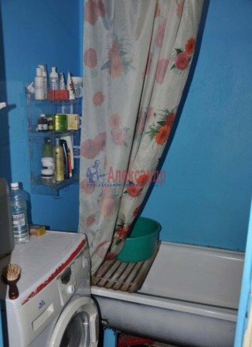 Комната в 2-комнатной квартире (50м2) в аренду по адресу Белышева ул., 4— фото 4 из 4