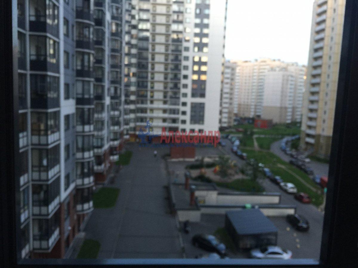 2-комнатная квартира (65м2) в аренду по адресу Богатырский пр., 60— фото 9 из 17