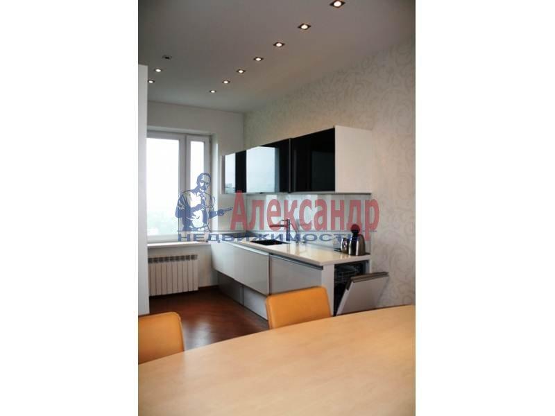 3-комнатная квартира (130м2) в аренду по адресу Тореза пр., 112— фото 5 из 9