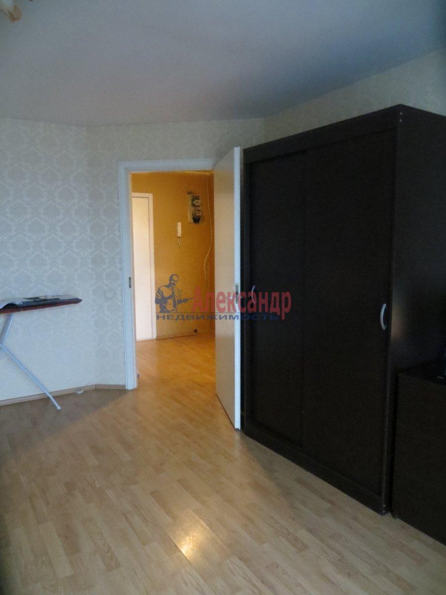 1-комнатная квартира (38м2) в аренду по адресу Адмиралтейский пр., 10— фото 2 из 4
