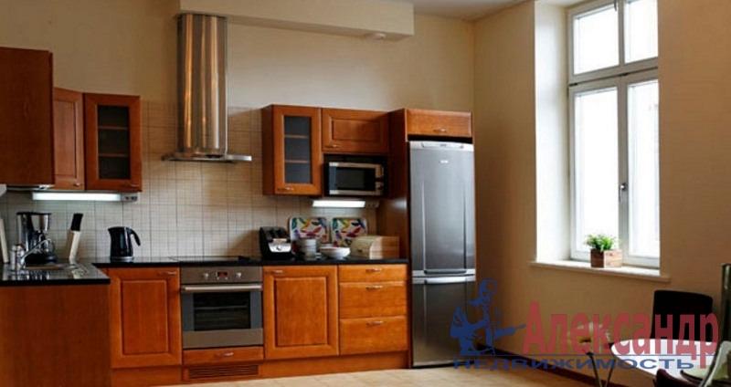 3-комнатная квартира (140м2) в аренду по адресу Кемская ул., 7— фото 2 из 3