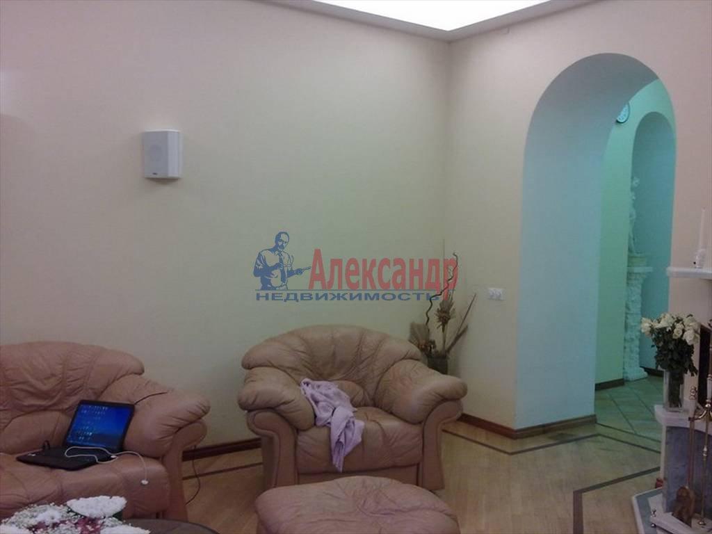 4-комнатная квартира (120м2) в аренду по адресу Большая Монетная ул., 10— фото 7 из 13