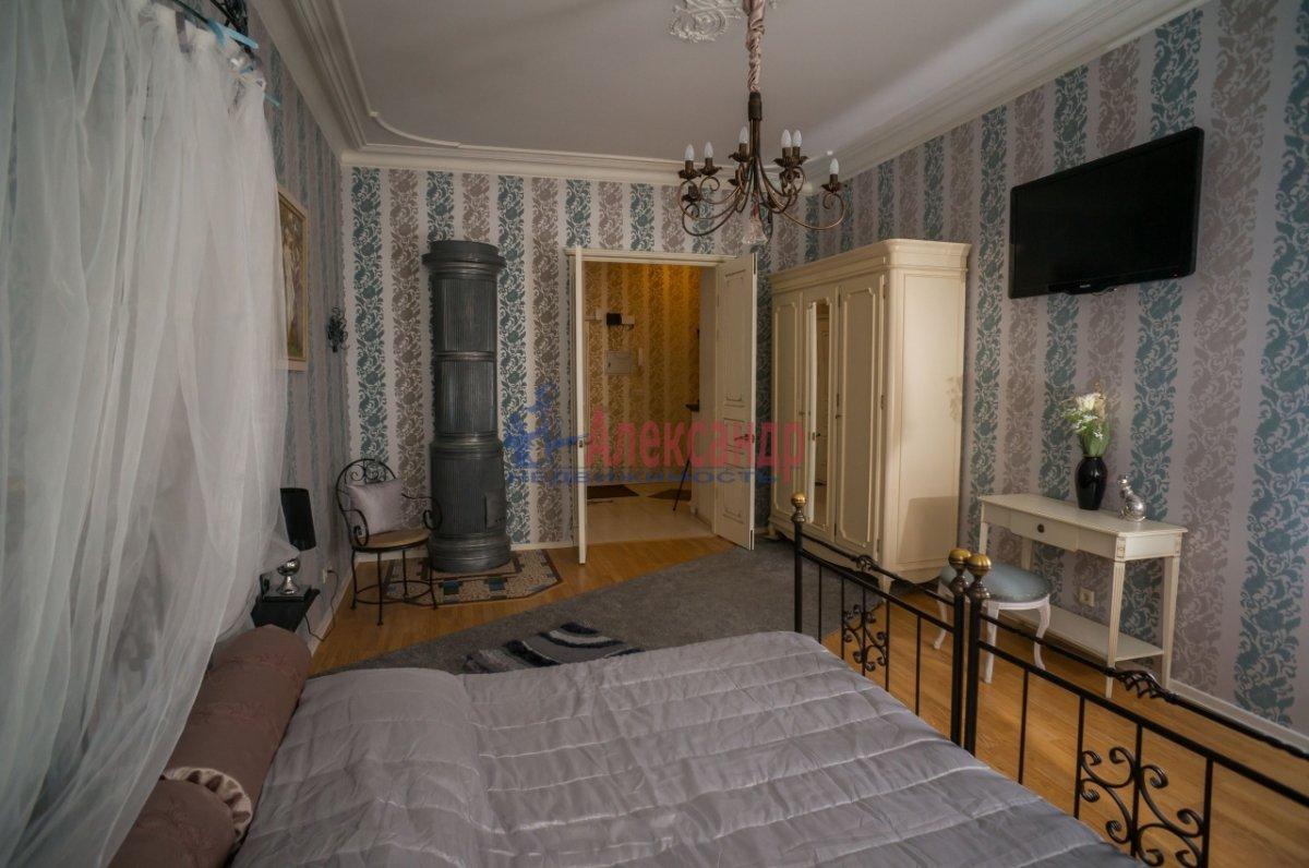 3-комнатная квартира (80м2) в аренду по адресу 6 Красноармейская ул., 80— фото 8 из 8