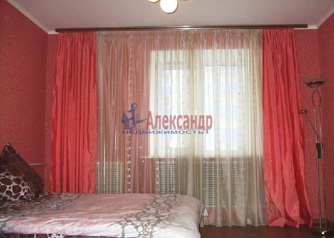 2-комнатная квартира (44м2) в аренду по адресу Будапештская ул., 63— фото 2 из 3