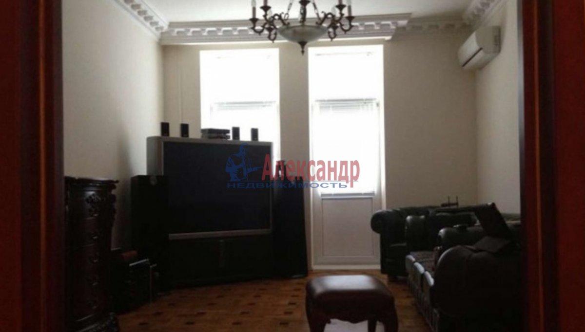 3-комнатная квартира (108м2) в аренду по адресу Пулковская ул., 8— фото 2 из 6