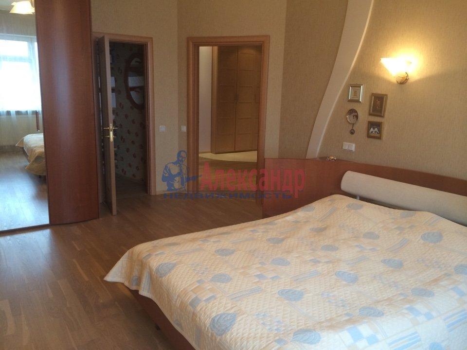 4-комнатная квартира (200м2) в аренду по адресу Куйбышева ул., 26— фото 9 из 16