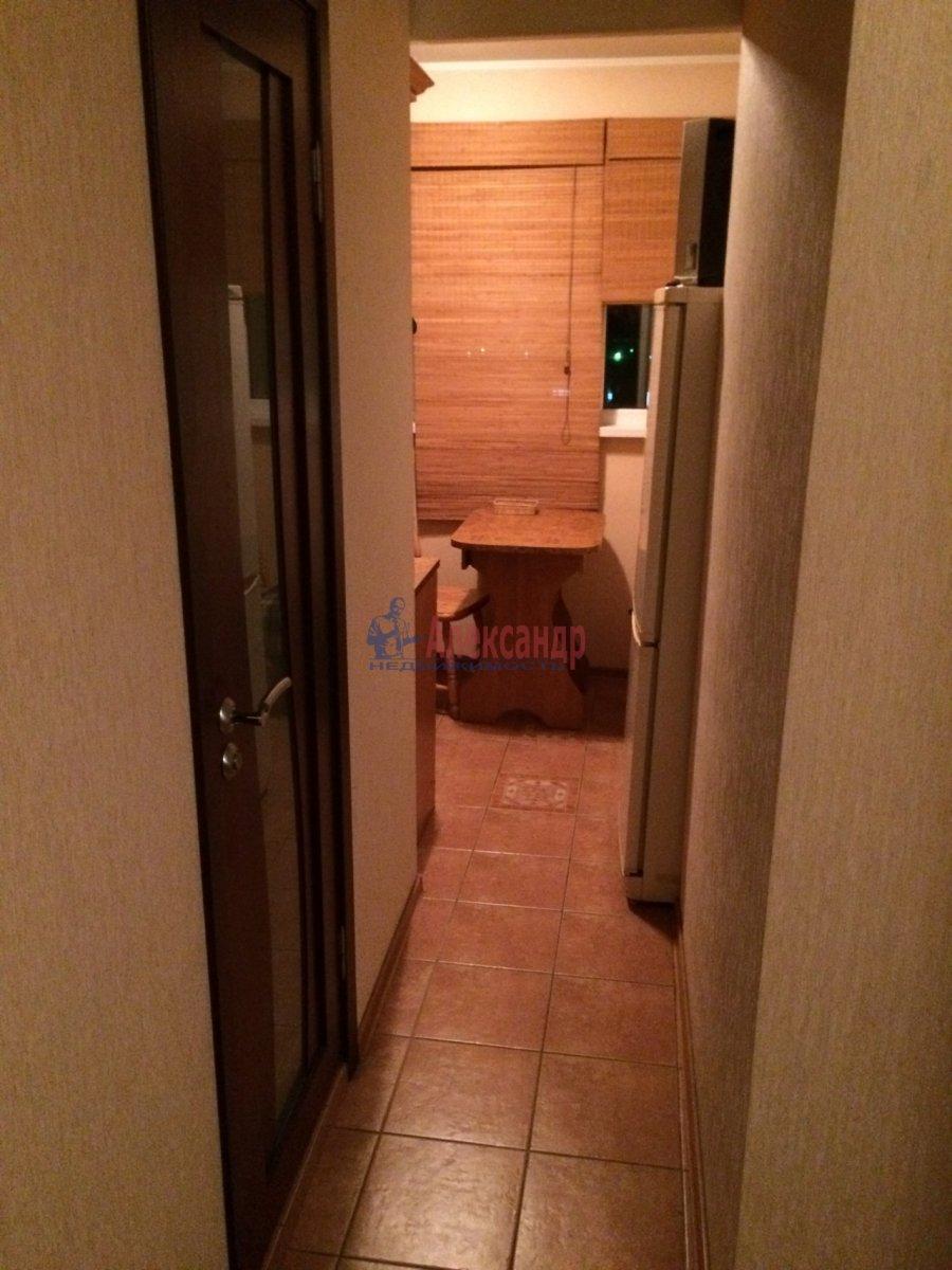 2-комнатная квартира (47м2) в аренду по адресу Ушинского ул., 9— фото 13 из 19
