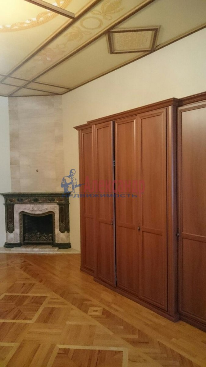 2-комнатная квартира (167м2) в аренду по адресу Большая Морская ул., 34— фото 3 из 12