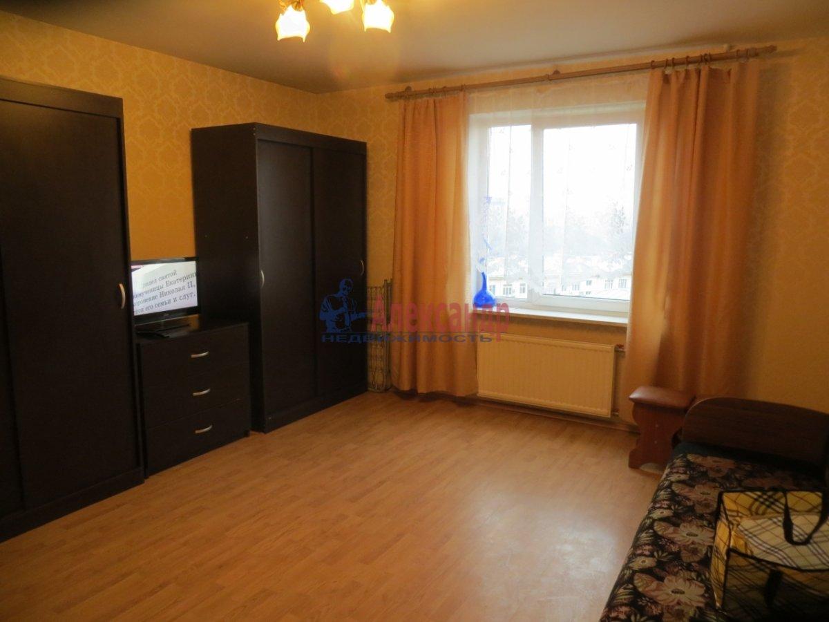 1-комнатная квартира (38м2) в аренду по адресу Адмиралтейский пр., 10— фото 3 из 4