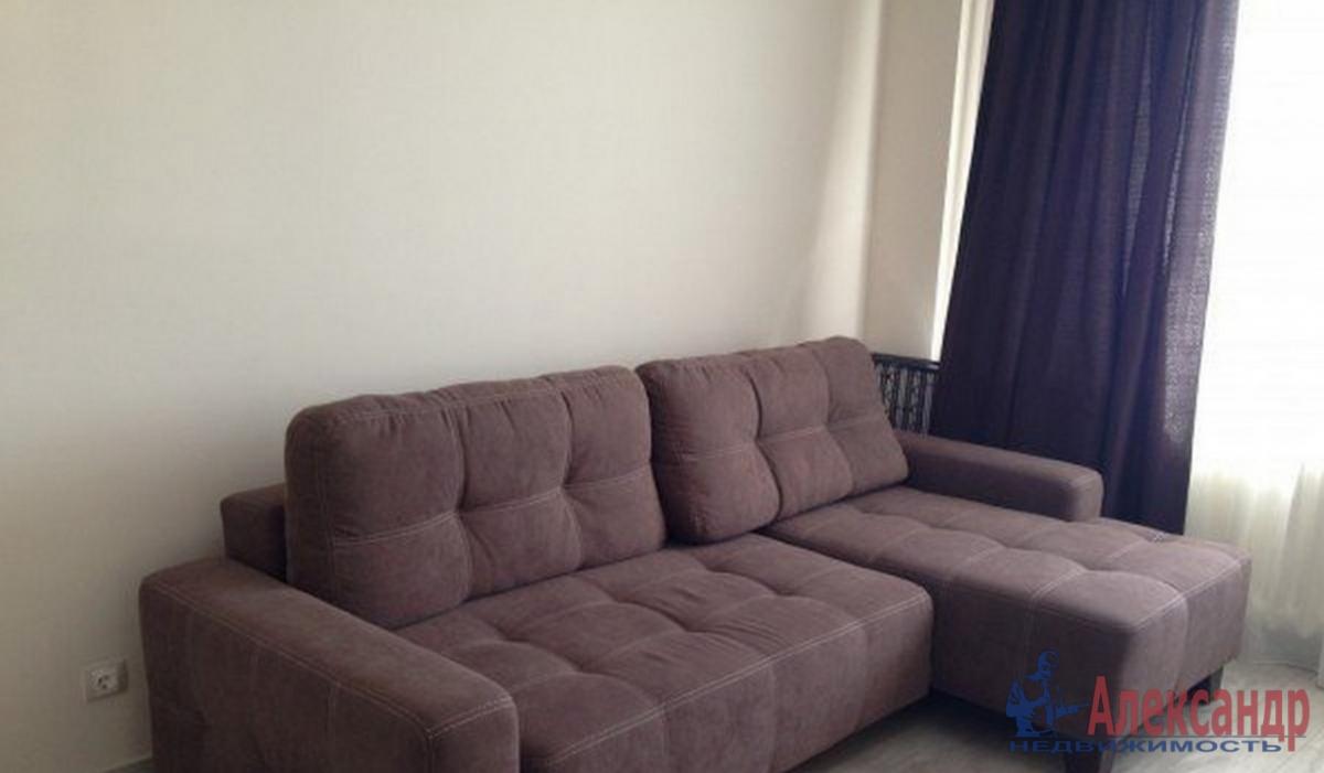 2-комнатная квартира (71м2) в аренду по адресу Садовая ул., 60— фото 2 из 3