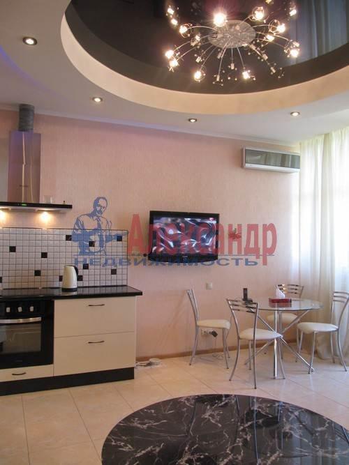 1-комнатная квартира (51м2) в аренду по адресу Большая Посадская ул., 12— фото 5 из 9