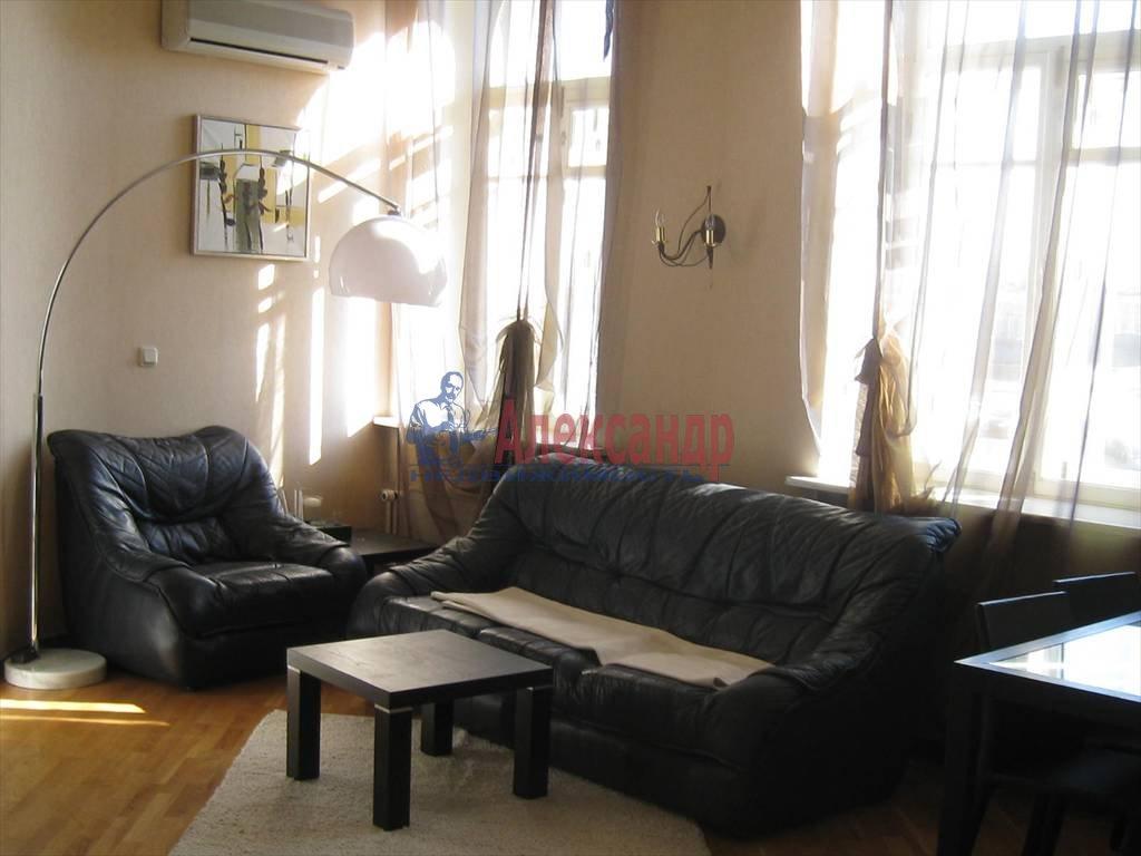 2-комнатная квартира (60м2) в аренду по адресу Мытнинская наб., 7— фото 1 из 7
