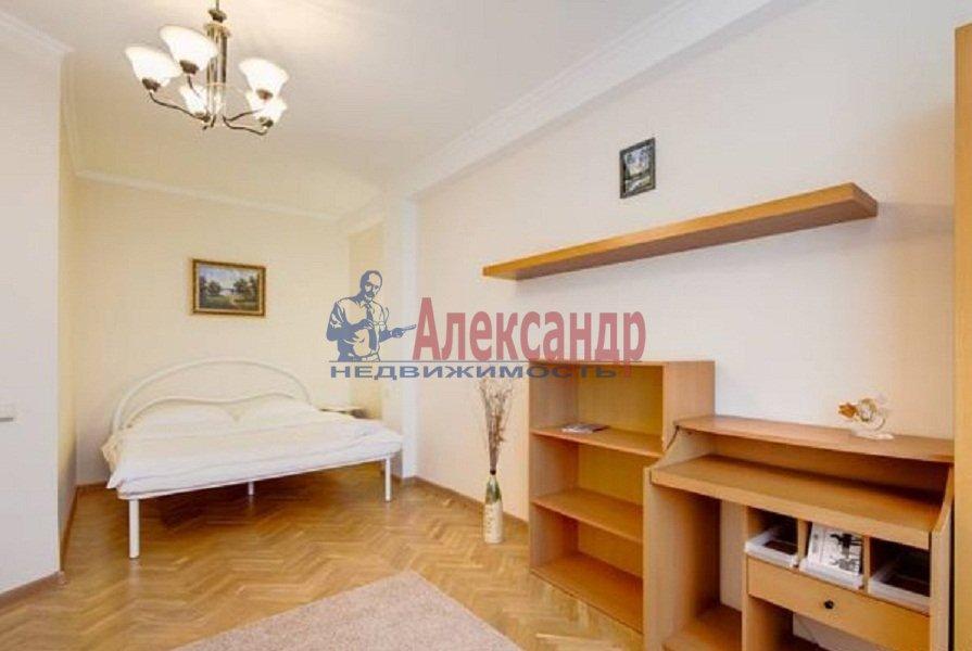 1-комнатная квартира (40м2) в аренду по адресу Ильюшина ул., 15— фото 3 из 5