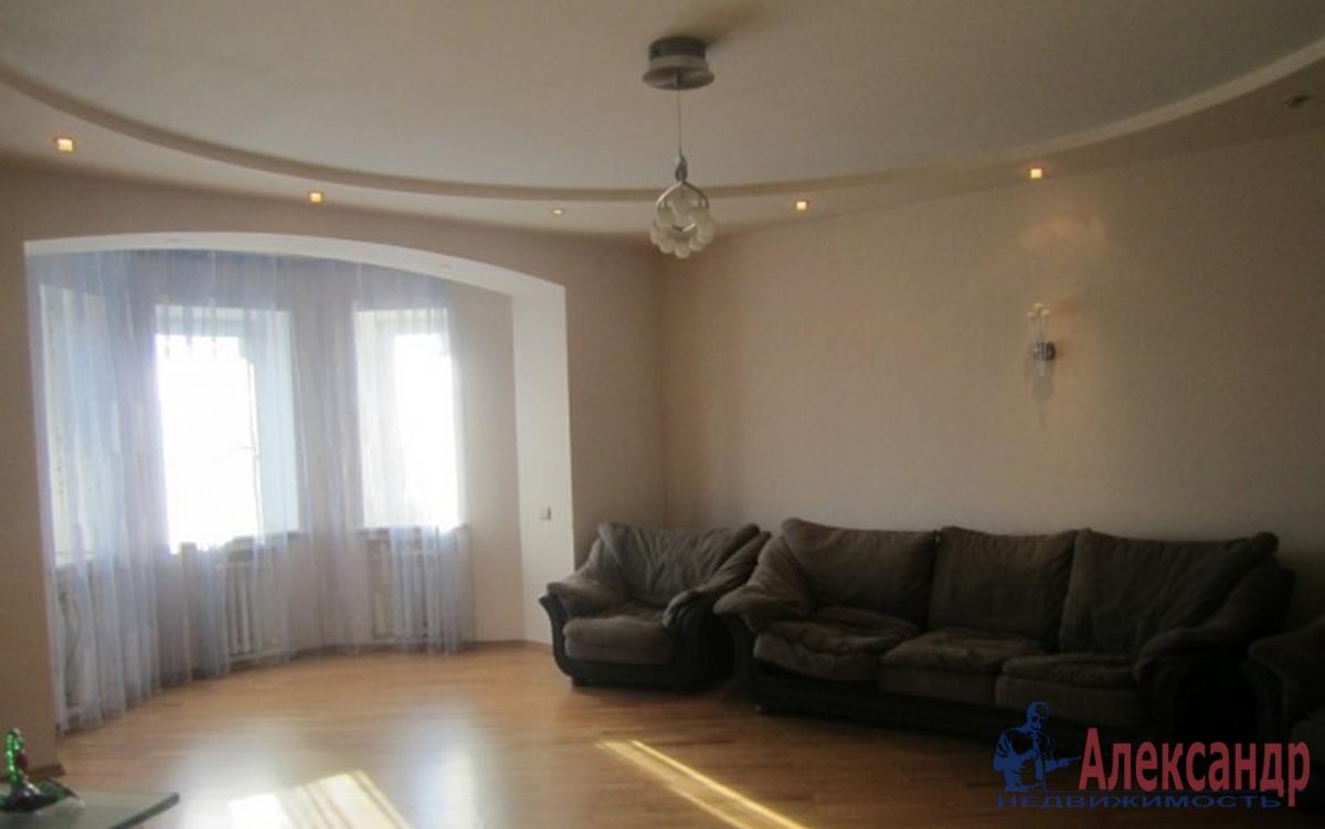 2-комнатная квартира (65м2) в аренду по адресу Шкапина ул., 9— фото 1 из 3