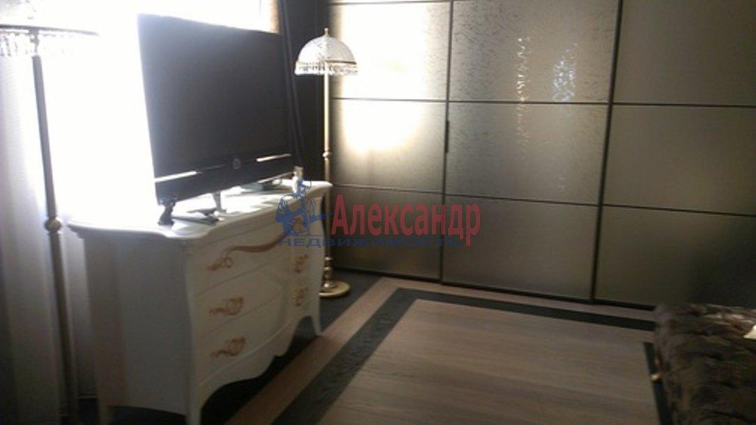 3-комнатная квартира (126м2) в аренду по адресу Английская наб.— фото 11 из 14
