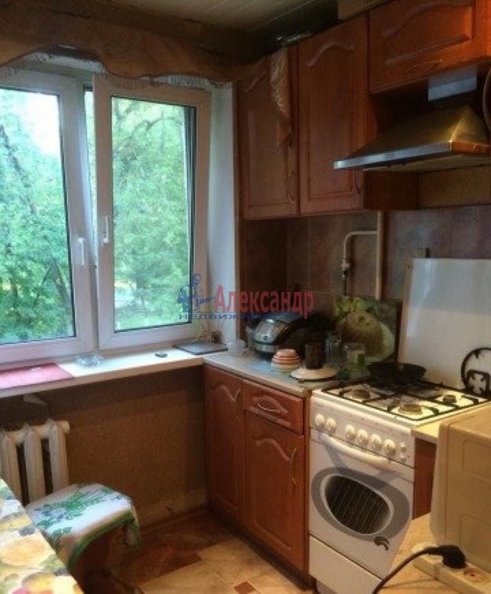 Комната в 3-комнатной квартире (52м2) в аренду по адресу Белы Куна ул., 7— фото 2 из 4