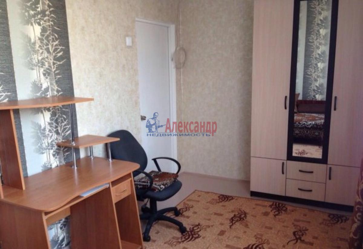 Комната в 3-комнатной квартире (75м2) в аренду по адресу 12 линия В.О., 19— фото 4 из 4