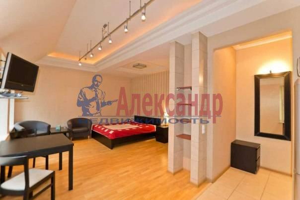 3-комнатная квартира (113м2) в аренду по адресу Кирочная ул., 16— фото 8 из 11