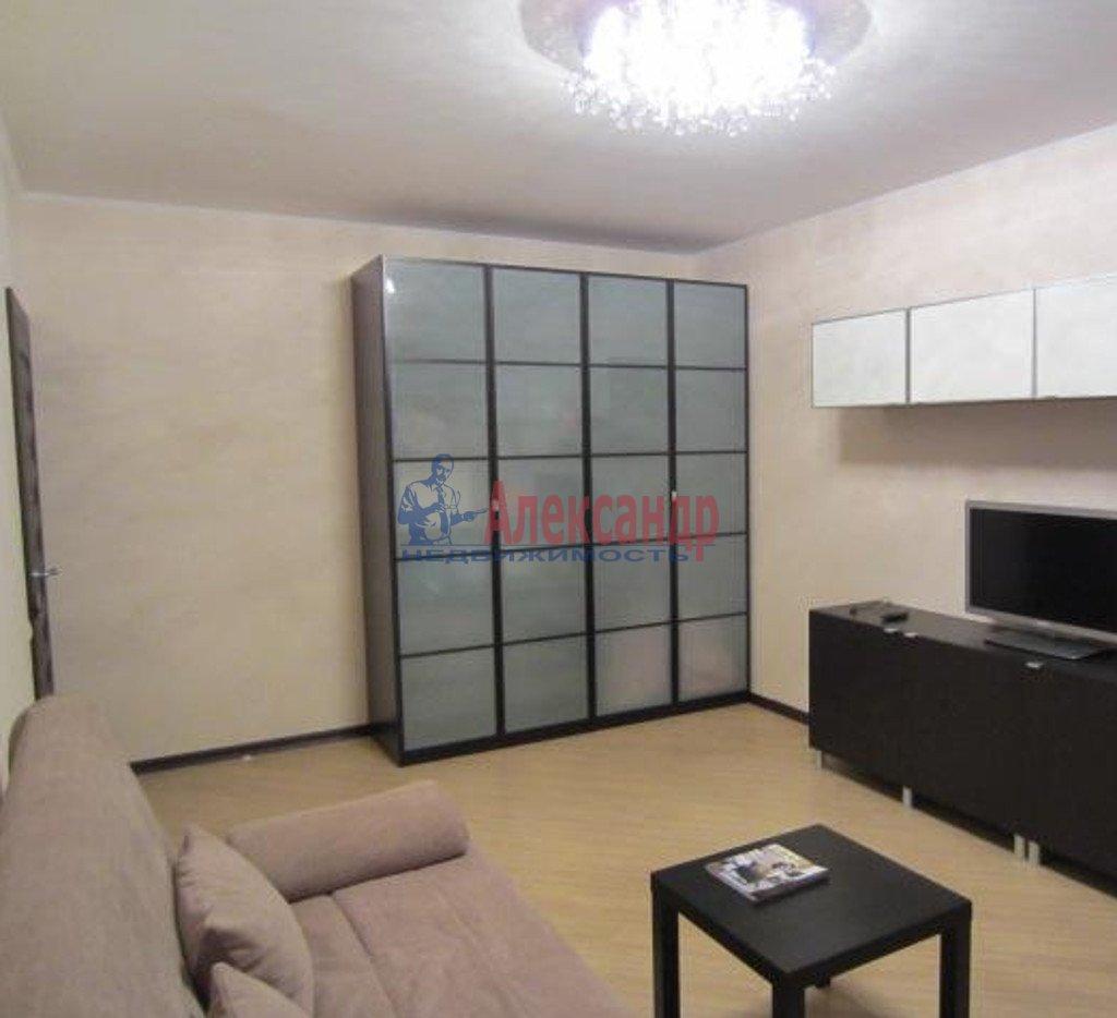 1-комнатная квартира (38м2) в аренду по адресу Просвещения просп., 99— фото 1 из 3