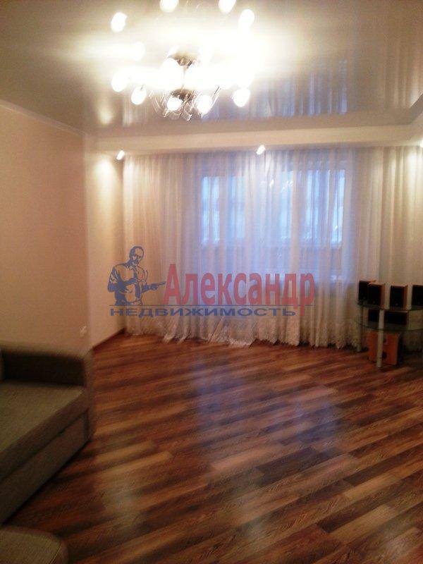 1-комнатная квартира (41м2) в аренду по адресу Бабушкина ул., 82— фото 3 из 6