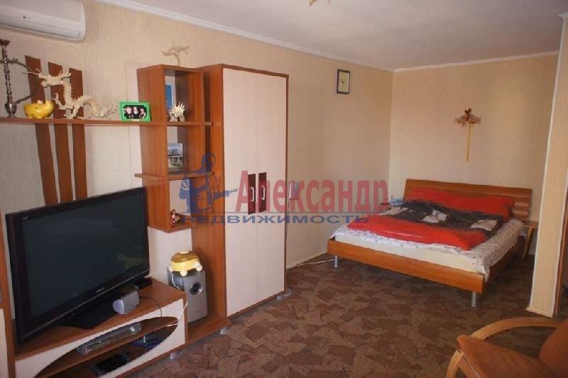 1-комнатная квартира (44м2) в аренду по адресу Будапештская ул.— фото 1 из 4
