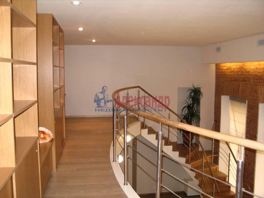 3-комнатная квартира (130м2) в аренду по адресу Миллионная ул.— фото 29 из 45