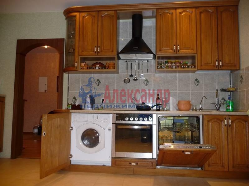 3-комнатная квартира (103м2) в аренду по адресу Ветеранов пр., 122— фото 8 из 17