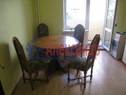 1-комнатная квартира (38м2) в аренду по адресу Хошимина ул., 9— фото 2 из 9