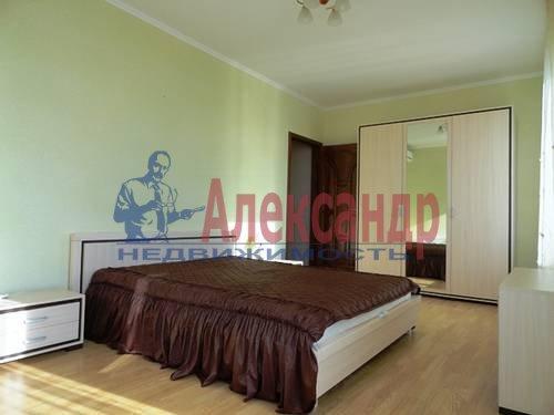 3-комнатная квартира (95м2) в аренду по адресу Асафьева ул., 5— фото 1 из 10