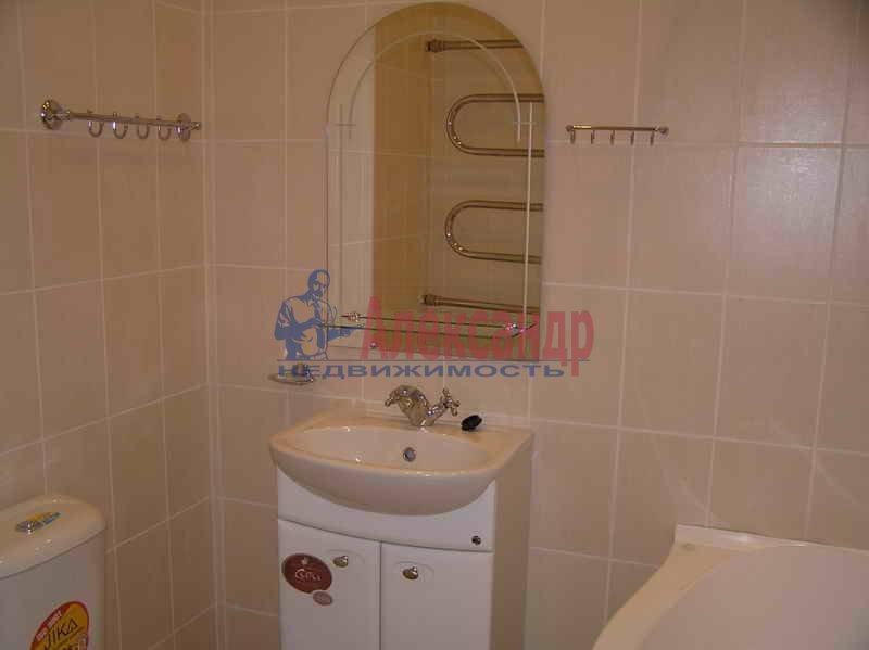 3-комнатная квартира (70м2) в аренду по адресу Чайковского ул., 69— фото 2 из 5