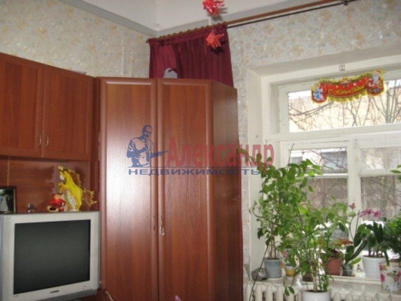 1-комнатная квартира (33м2) в аренду по адресу Среднеохтинский пр., 57— фото 1 из 4