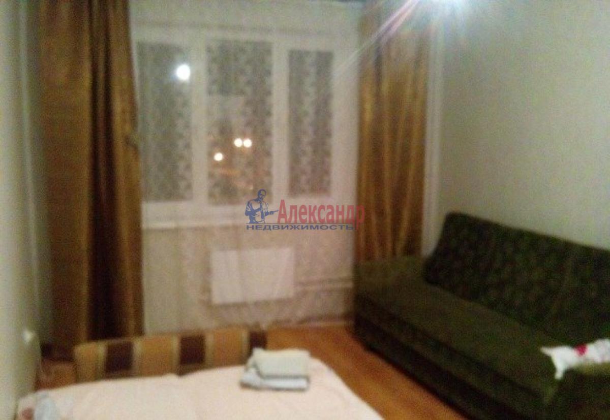 1-комнатная квартира (40м2) в аренду по адресу Комсомола ул., 19— фото 2 из 4