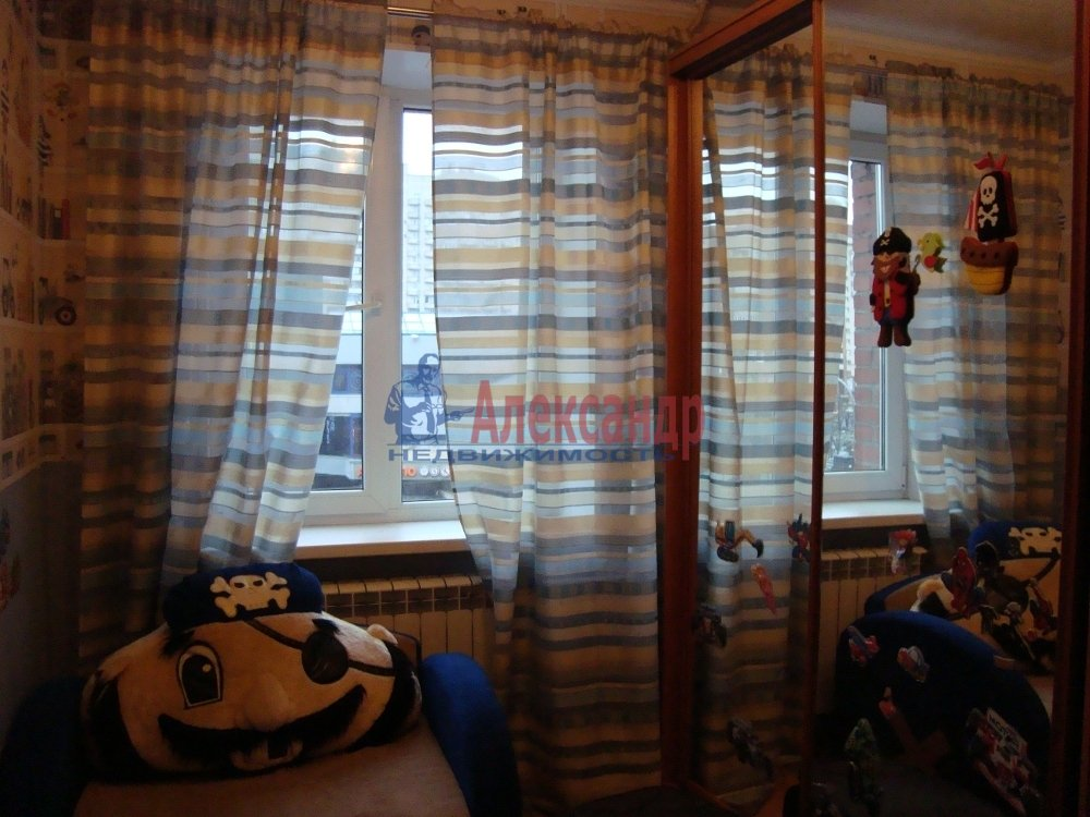 2-комнатная квартира (39м2) в аренду по адресу Савушкина ул., 139— фото 3 из 7