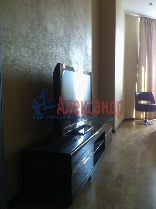 3-комнатная квартира (91м2) в аренду по адресу Искровский пр., 22— фото 4 из 8