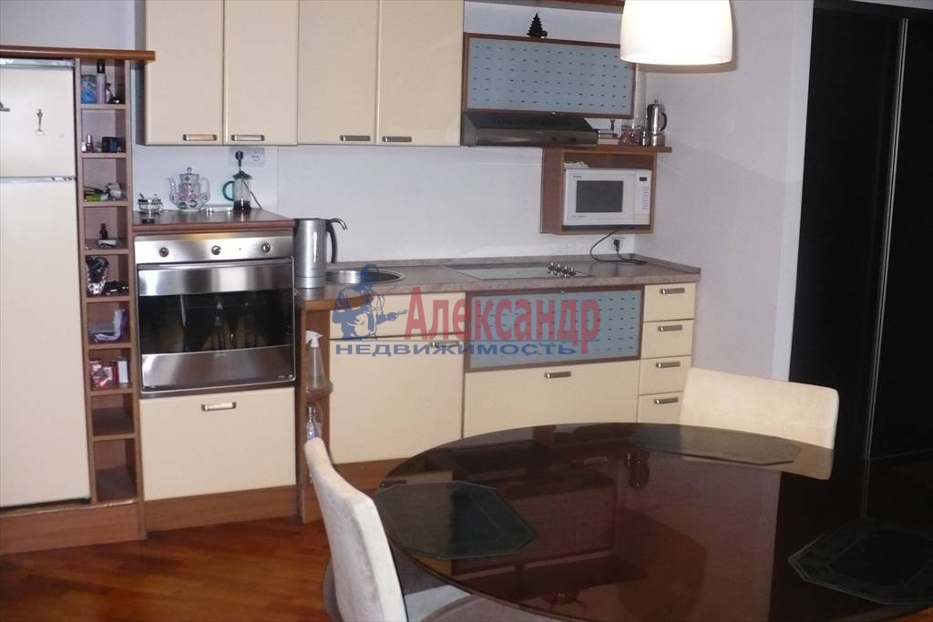 3-комнатная квартира (90м2) в аренду по адресу Реки Фонтанки наб., 29— фото 1 из 2