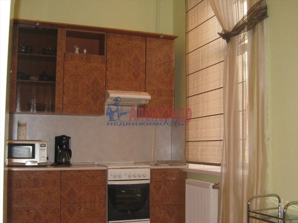 2-комнатная квартира (100м2) в аренду по адресу Невский пр., 158— фото 3 из 10