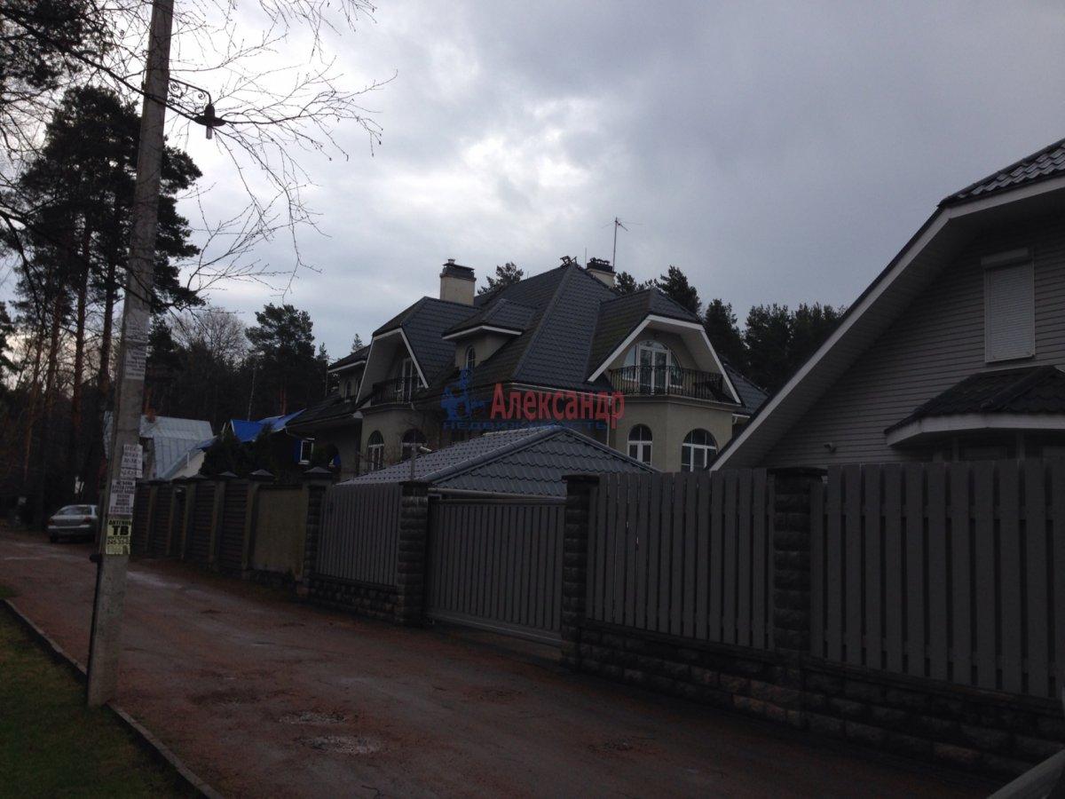 Дом (520м2) в аренду — фото 1 из 1