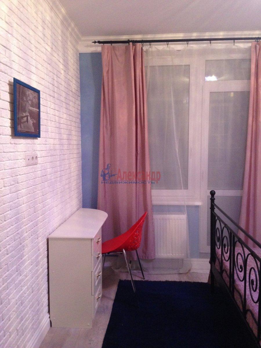 2-комнатная квартира (72м2) в аренду по адресу Кременчугская ул., 9— фото 5 из 13