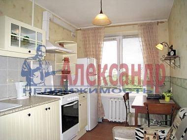 2-комнатная квартира (50м2) в аренду по адресу Наставников пр., 34— фото 3 из 4