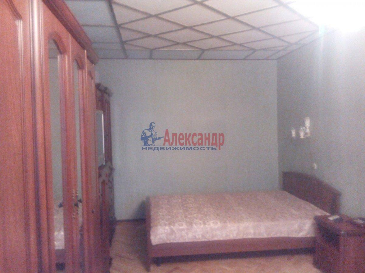 1-комнатная квартира (35м2) в аренду по адресу Космонавтов просп., 32— фото 1 из 11