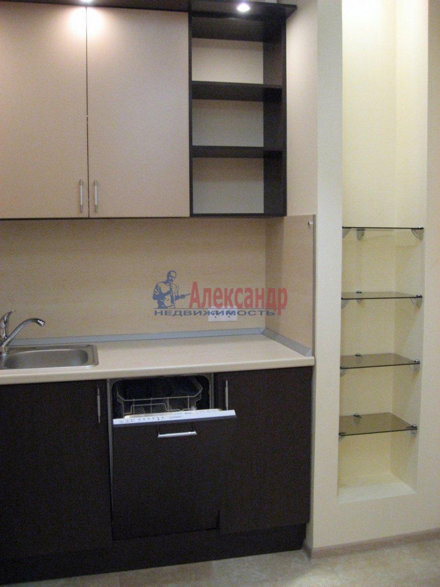 2-комнатная квартира (50м2) в аренду по адресу Воскресенская наб., 4— фото 3 из 13