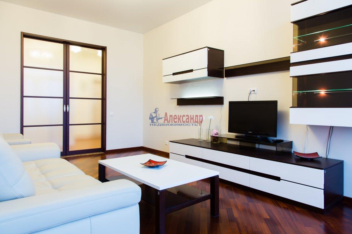 2-комнатная квартира (85м2) в аренду по адресу 26 линия В.О., 15— фото 8 из 16