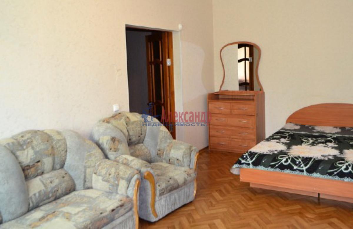 1-комнатная квартира (38м2) в аренду по адресу Ланское шос., 4— фото 1 из 6